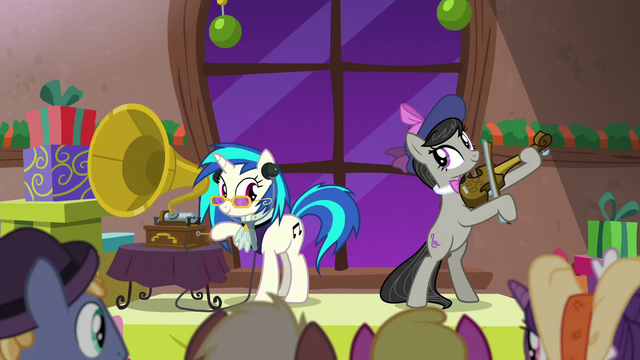 File:DJ Pon-3 and Octavia making old-timey music S6E8.png