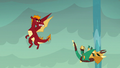 Garble watches armored dragon go down S6E5.png