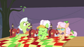 Granny Smith can't hear Applejack S3E8.png