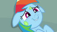 Rainbow Dash covered in frosting S4E12