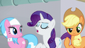 """Rarity """"considering soaking my hooves"""" S6E10.png"""