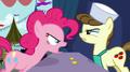 Pinkie Pie argue2 S02E19.png