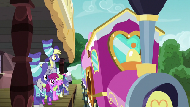 File:Ponyville ponies see the team off to Appleloosa S6E18.png