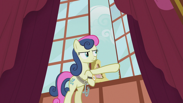 File:Sweetie Drops opening a window S5E9.png