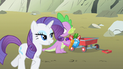 Rarity come along Spike S1E19
