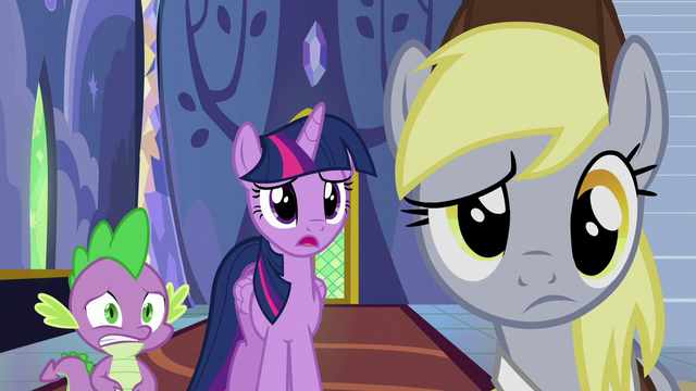 """File:Twilight Sparkle """"are they in danger?"""" S6E25.png"""