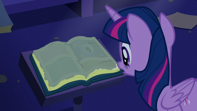File:Twilight sees a dusty old book S5E12.png