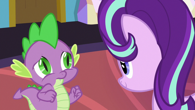 File:Spike trying to keep Starlight's attention S7E1.png