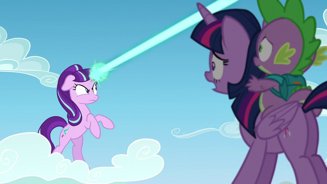 File:Starlight directs her magic beam to filly Rainbow Dash S5E26.png