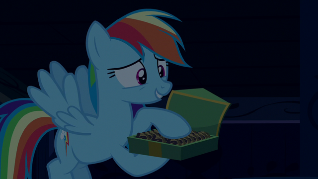 "File:Rainbow Dash ""something in the cookies"" S6E15.png"