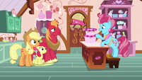 "Mrs. Cake ""convinced me to pursue baking"" S7E13"