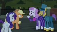 "Neighbor Pony ""didn't think anything I'd have time"" S5E16"