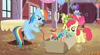 Getting streamers for Applejack's surprise party S2E14
