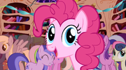 Pinkie Pie surprise! S01E01.png