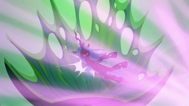 File:Queen Chrysalis flies backward into her throne S6E26.png