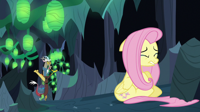 File:Discord finds Fluttershy S6E26.png