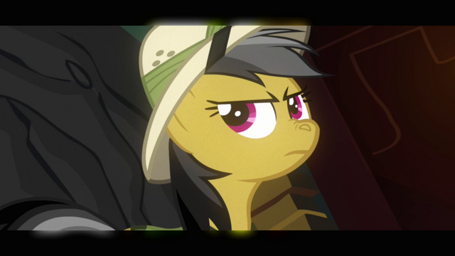 File:Daring Do sniffing inside the temple S2E16.png