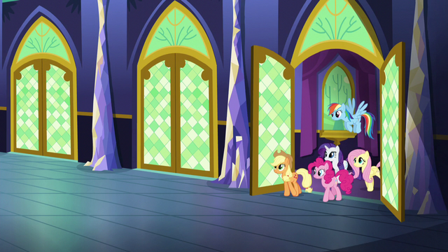 File:Main 5 step into the hallway S5E3.png