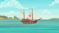 Ship sets sail in Applejack's story S6E22