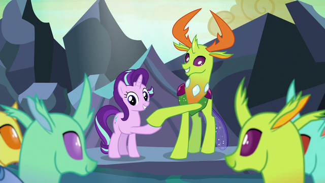 File:Starlight Glimmer and Thorax shake hooves S7E1.png