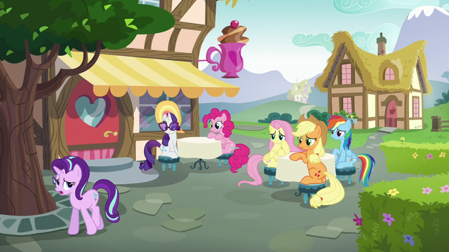 File:Starlight Glimmer walks away from the main five S6E21.png