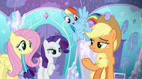 Applejack and friends offering to help S6E1