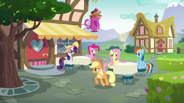 File:Applejack goes to catch up with Starlight S6E21.png
