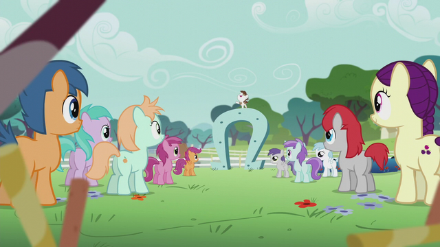 File:Other students hear Pip speaking on a giant horseshoe S5E18.png