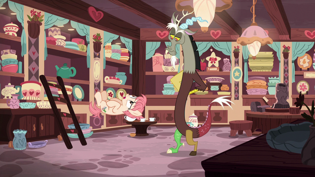 "File:Raspberry Vinaigrette ""you're friends with Fluttershy?"" S7E12.png"