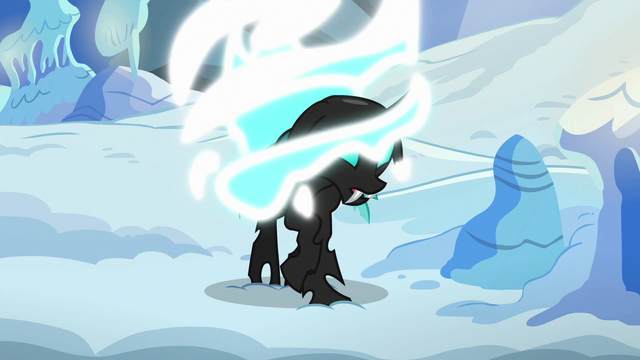 File:Thorax transforms back into a changeling S6E16.png