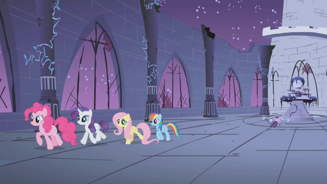 File:Ponies giving Twilight privacy S1E02.png
