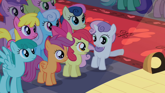 File:Sweetie Belle pointing S2E11.png