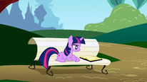 Twilight looking at her book S1E5