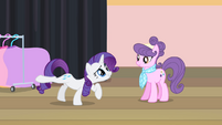Rarity on two hooves S4E08