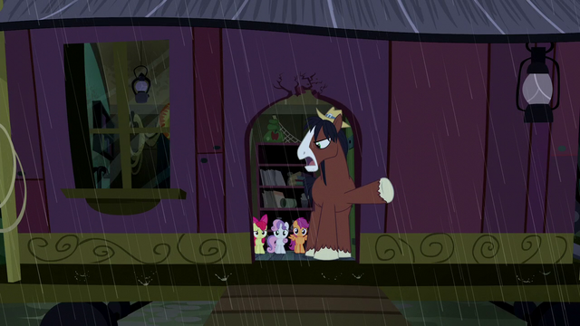 File:Trouble Shoes tells CMC to leave S5E6.png