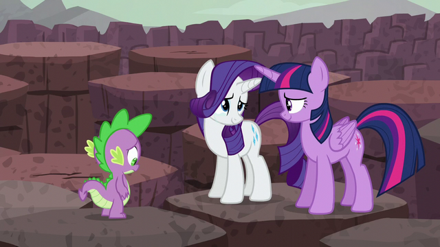 File:Twilight and Rarity nod to each other S6E5.png