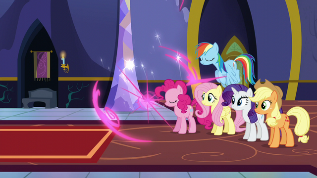 File:Twilight teleports S5E11.png