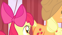 AJ and Apple Bloom leaving S4E20