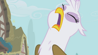 Gilda taking a deep breath S1E05