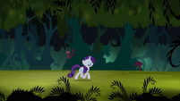 Rarity trots through Everfree Forest S4E03