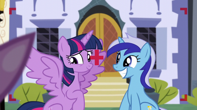 File:Twilight opens her wing while Minuette smiles S5E12.png