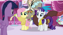 Twilight sees Discord with Fluttershy and Rarity S5E22