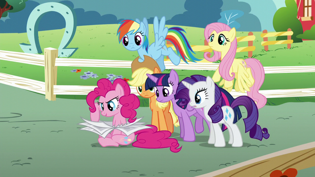 File:Pinkie Pie finds the next clue S5E19.png