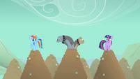 Rainbow Dash and Twilight Sparkle spot Diamond Dogs S01E19
