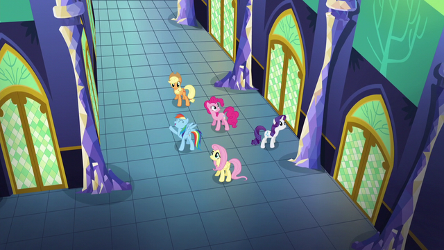"""File:Rainbow Dash sings """"To make this castle shine"""" S5E03.png"""