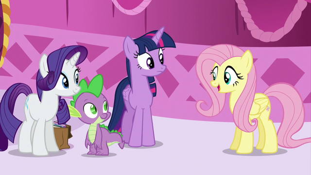 File:Fluttershy greets Spike S5E22.png
