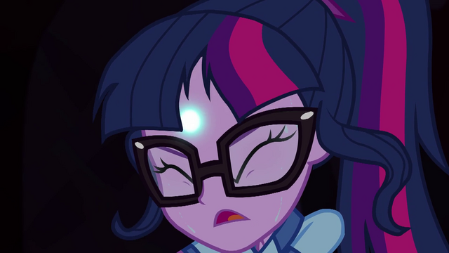 File:Magic shimmering from Twilight's forehead EG4.png