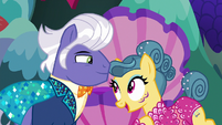 """Trapeze star """"now watch this!"""" S6E20"""