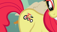 Apple Bloom tricycle fake cutie mark S1E12