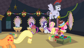 Ponies preparing backstage S2E11.png